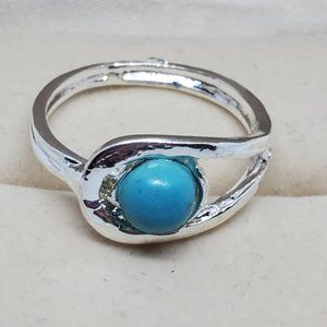 Silver Tone Size 6 Ring Faux Turquoise Open Work